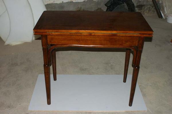 Отреставрировать стол из дерева своими руками