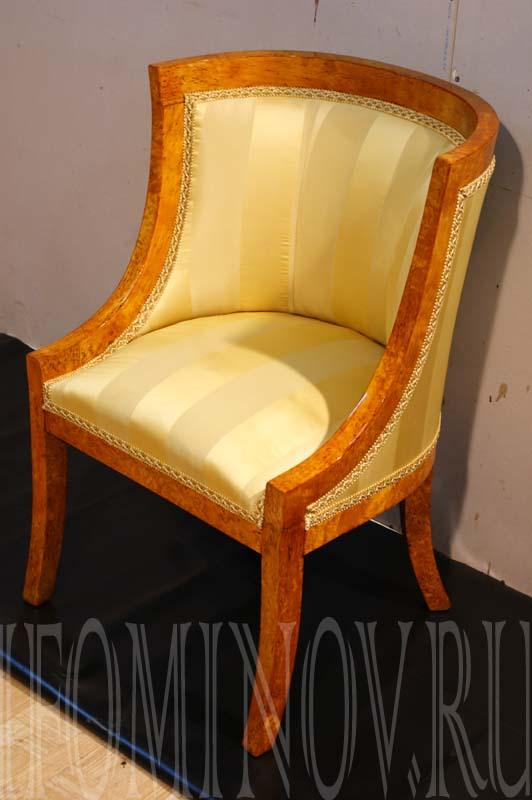 Второе кресло из гарнитура после реставрации.