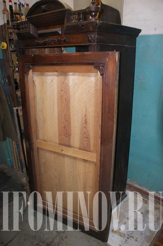 Дверь зеркало шкафа до реставрации