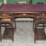 Реставрация мебели в Петербурге. Письменный стол до.