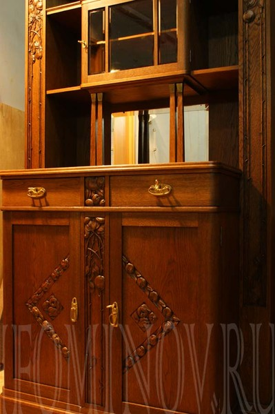 Щербинский , ХХ век, дуб. мебель модерн отреставрировать