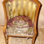Кресло карельской березы до реставрации.