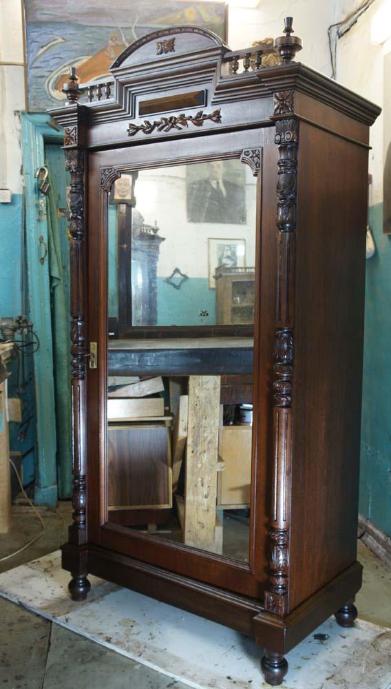 Продажа антикварной мебели в Петербурге, Спб