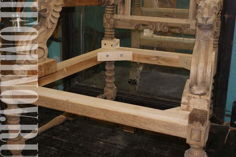 Укрепление конструкции антикварного кресла, сухари