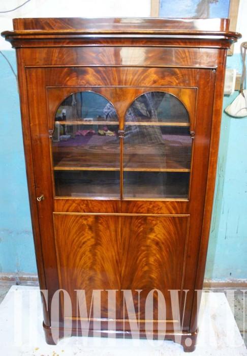 Реставрация антикварного шкафа с полировкой шеллачной политурой