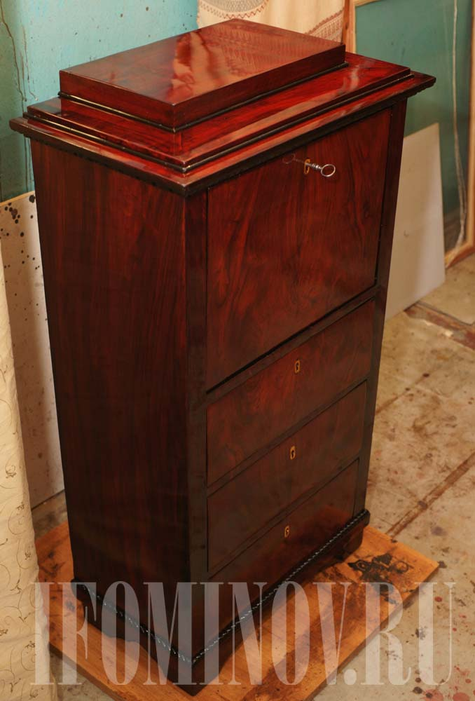 Пример реставрации антикварной мебели